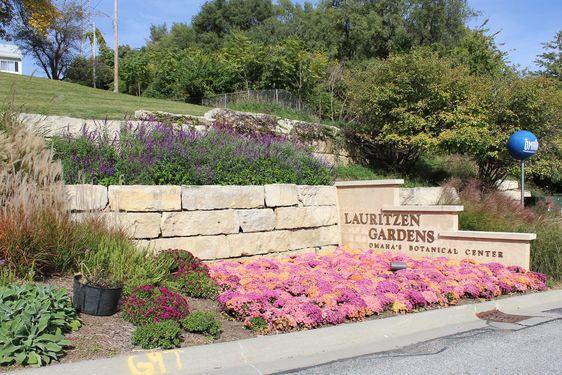 Los Hardines (The Gardenos) Real Estate