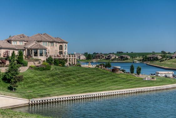 Northwest/Bennington Real Estate