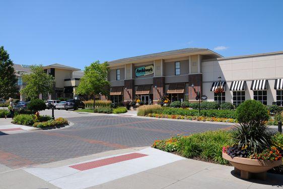 Village Pointe Real Estate