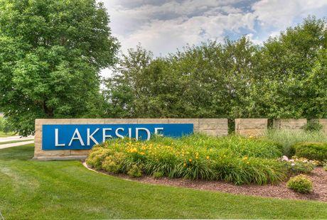 Photo of Lakeside Area