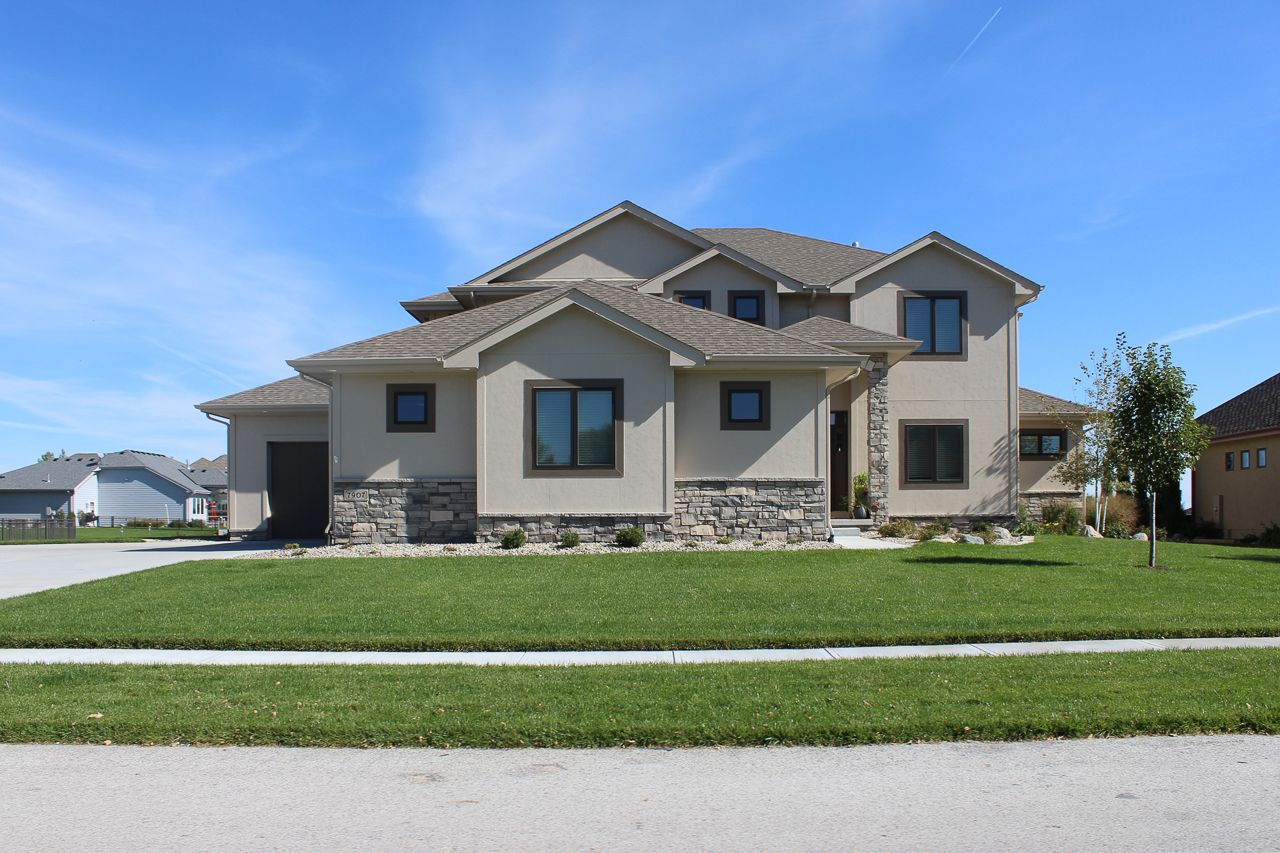 Valley Shores Real Estate