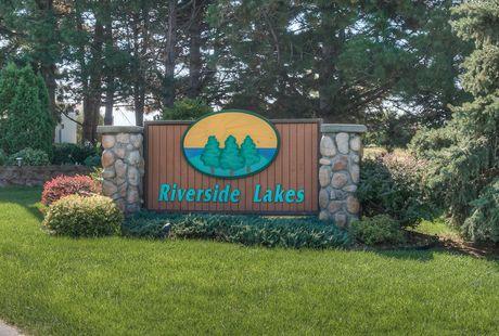 Photo of Riverside Lakes