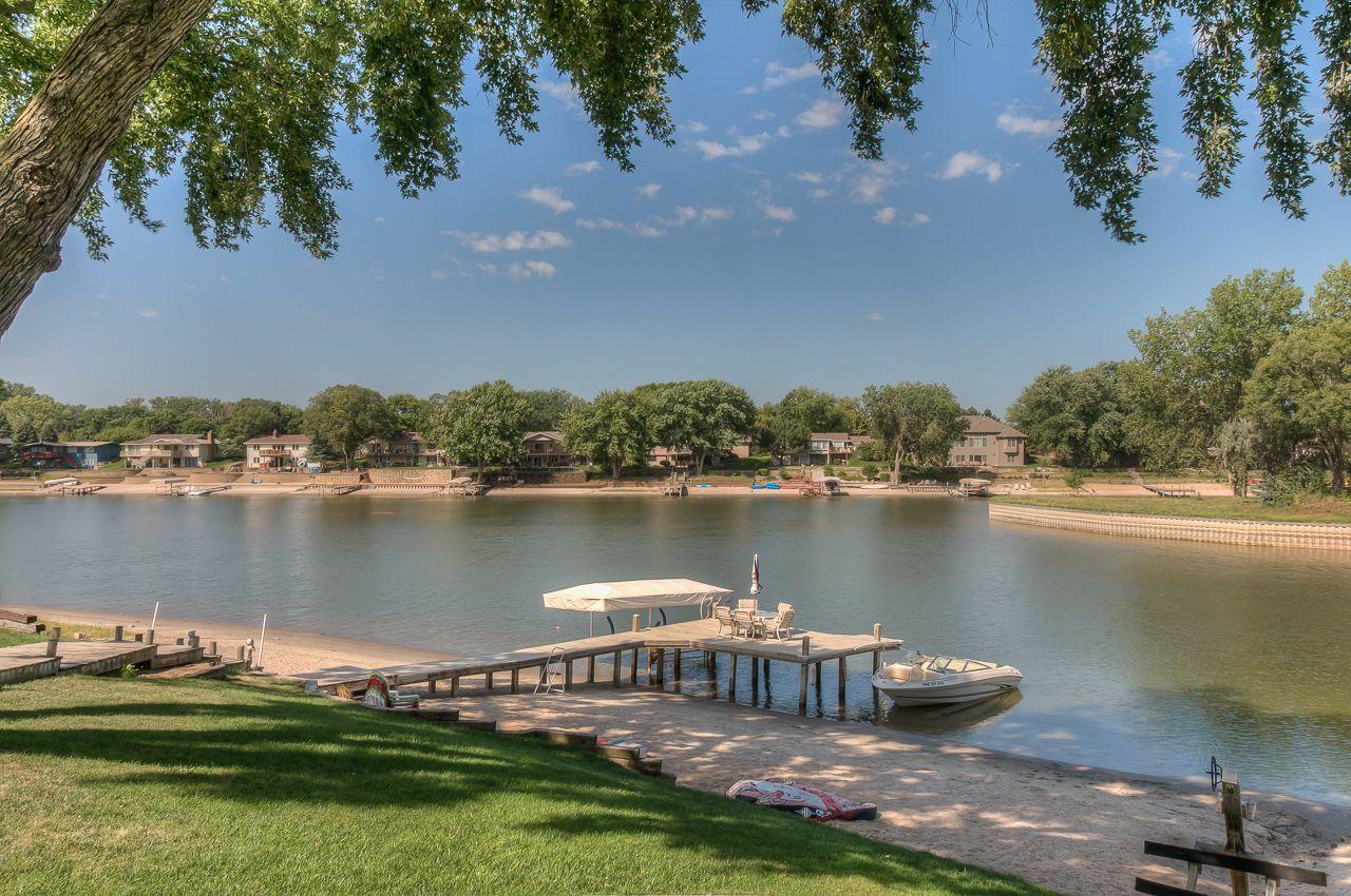Riverside Lakes 11