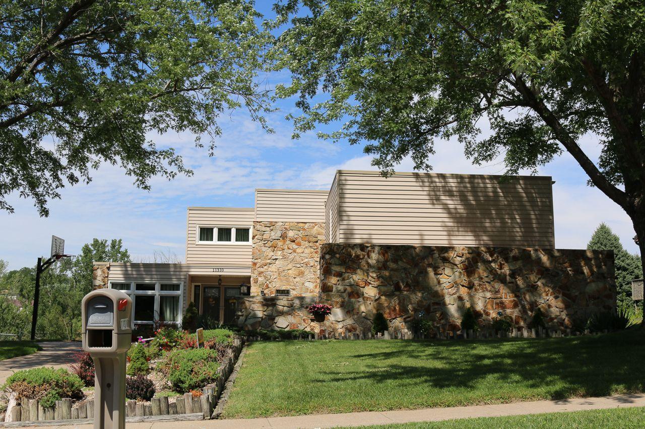 Roanoke Estates Home for Sale 6