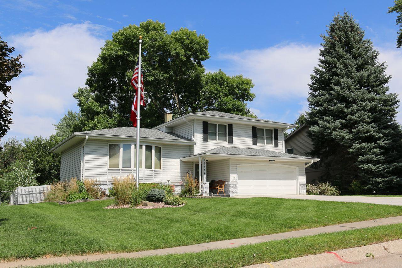 Roanoke Estates Homes for Sale 22