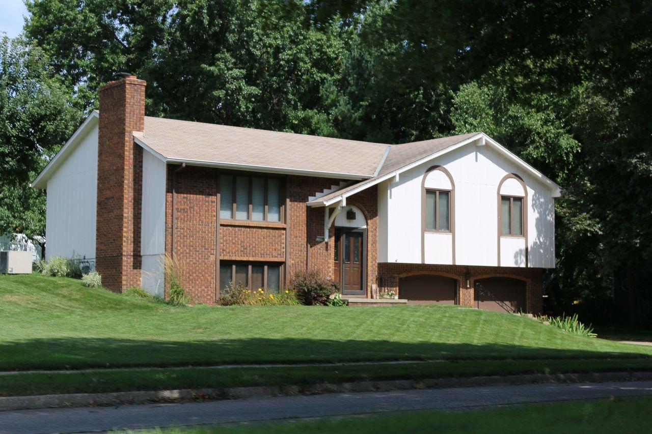 Roanoke Estates Homes for Sale 23