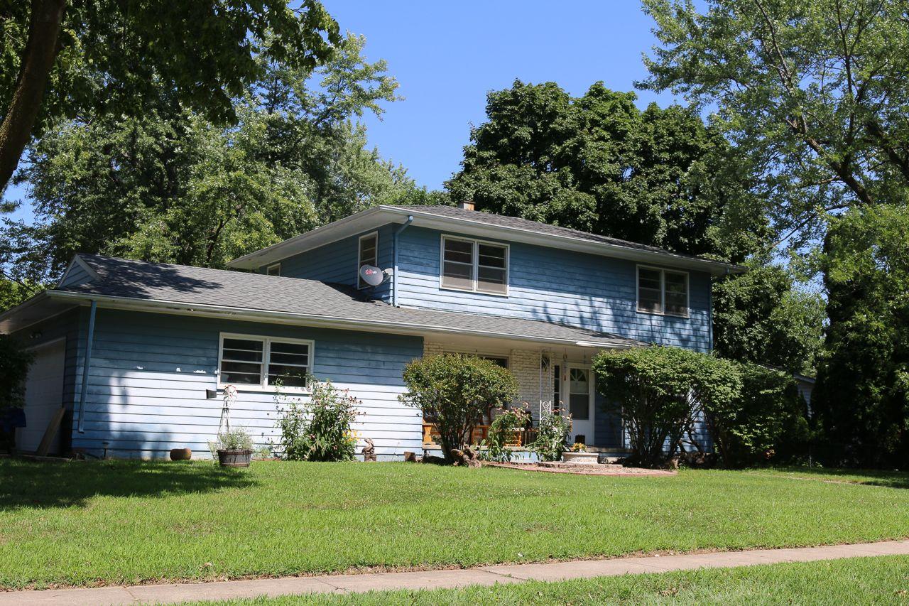 Maple Village Real Estate 6
