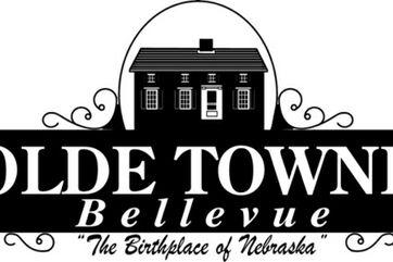Photo 1 Of Olde Towne Bellevue