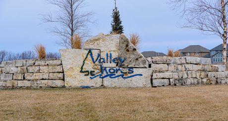 Valley Shores