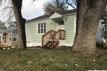 Photo of 2713 S 60th Street Omaha, NE 68106