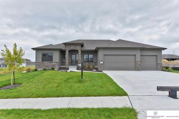 Photo of 11462 Cooper Street Papillion, NE 68046