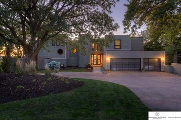 Photo of 508 Skyline Drive Omaha, NE 68022