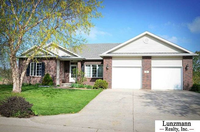 121-Whispering-Pines-Drive-Nebraska-City-NE-68410