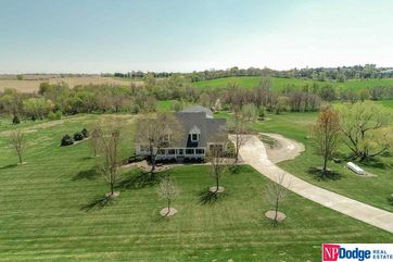 Photo of 18605 Northern Hills Drive Bennington, NE 68007 - Image 1
