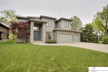 Photo of 33 Ginger Woods Circle Valley, NE 68064