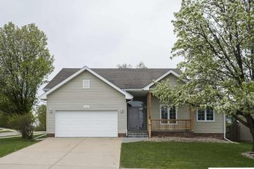 Photo of 16951 Pierce Street Omaha, NE 68130