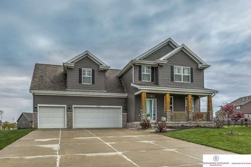 Photo of 1624 Osage Ranch Circle Plattsmouth, NE 68048