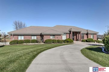 Photo of 4021 Thorn Court Lincoln, NE 68520