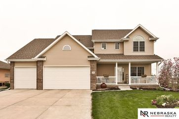 Photo of 421 S 10th Avenue Springfield, NE 68059