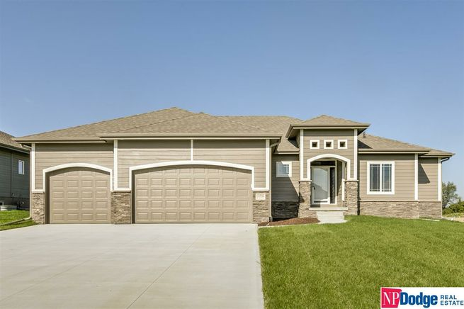 427-S-Lakeview-Way-Ashland-NE-68003