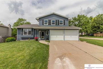 Photo of 1402 Thomas Drive Bellevue, NE 68005