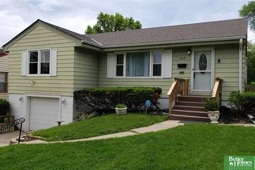 Photo of 5713 Manderson Street Omaha, NE 68104