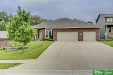 Photo of 16417 W Street Omaha, NE 68135