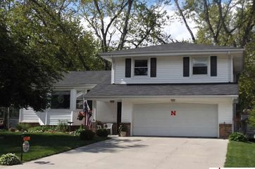 Photo of 9926 Orchard Circle Omaha, NE 68127