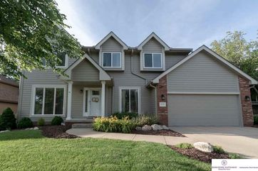 Photo of 13716 Sahler Street Omaha, NE 68164