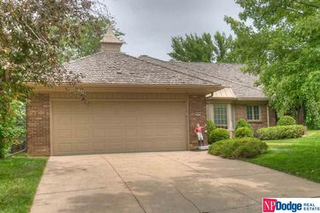 Photo of 9729 Nottingham Drive Omaha, NE 68114