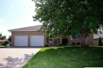 Photo of 2009 S 165 Avenue Omaha, NE 68130