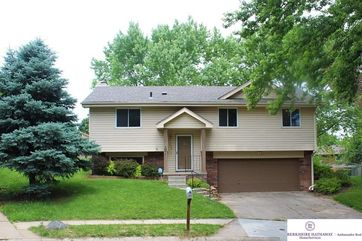 Photo of 11426 Kansas Circle Omaha, NE 68164