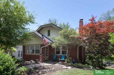 Photo of 424 N 43rd Street Omaha, NE 68131