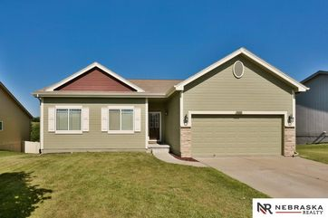 Photo of 10602 S 27 Street Bellevue, NE 68123