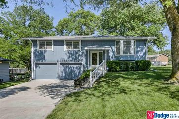 Photo of 5824 North Oaks Boulevard Omaha, NE 68134-1735