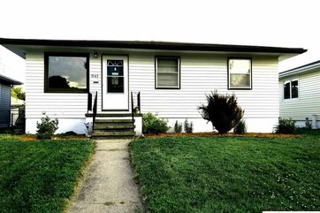 Photo of 3543 10 Avenue Council Bluffs, IA 51501