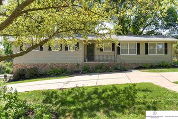 Photo of 2104 S 110 Street Omaha, NE 68144