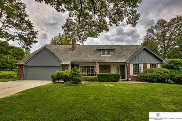 Photo of 9963 Devonshire Drive Omaha, NE 68114