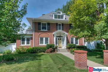 Photo of 102 N 54 Street Omaha, NE 68132 - Image 13