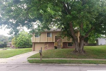 Photo of 13932 Lisa Circle Omaha, NE 68138