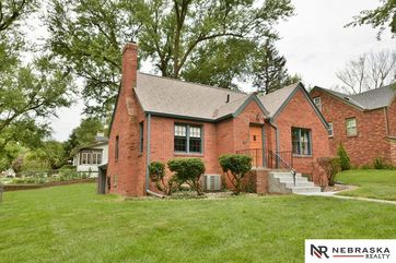 Photo of 4851 Blondo Street Omaha, NE 68104