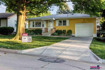 Photo of 5411 P Street Omaha, NE 68117