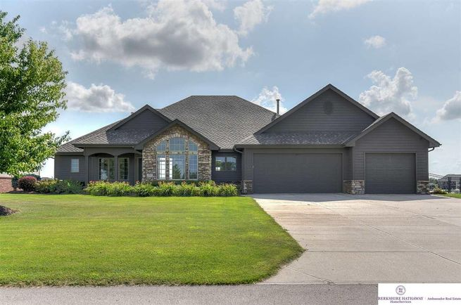 322-N-248th-Circle-Waterloo-NE-68069
