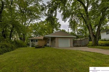 Photo of 7409 North Ridge Drive Omaha, NE 68112