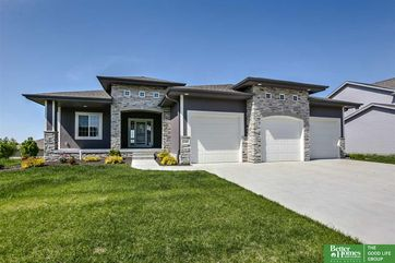 Photo of 12364 Osprey Lane Papillion, NE 68046