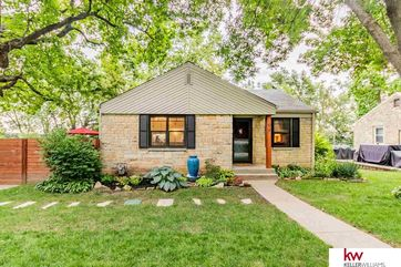 Photo of 94 Country Club Road Omaha, NE 68127
