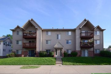 Photo of 5016 California Street Omaha, NE 68132