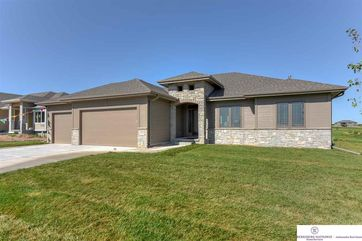 Photo of 12704 S 75th Avenue Papillion, NE 68046