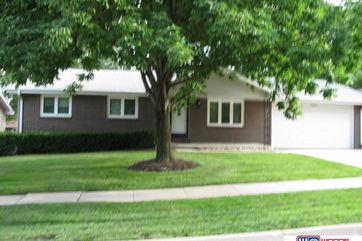 Photo of 1911 Montclair Drive Lincoln, NE 68521-1664