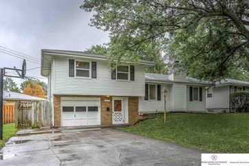 Photo of 12121 P Street Omaha, NE 68137
